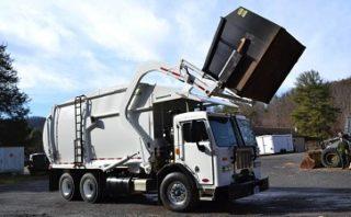 垃圾车使用生物基液压油